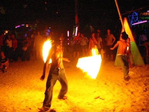 fire twirlers full moon party