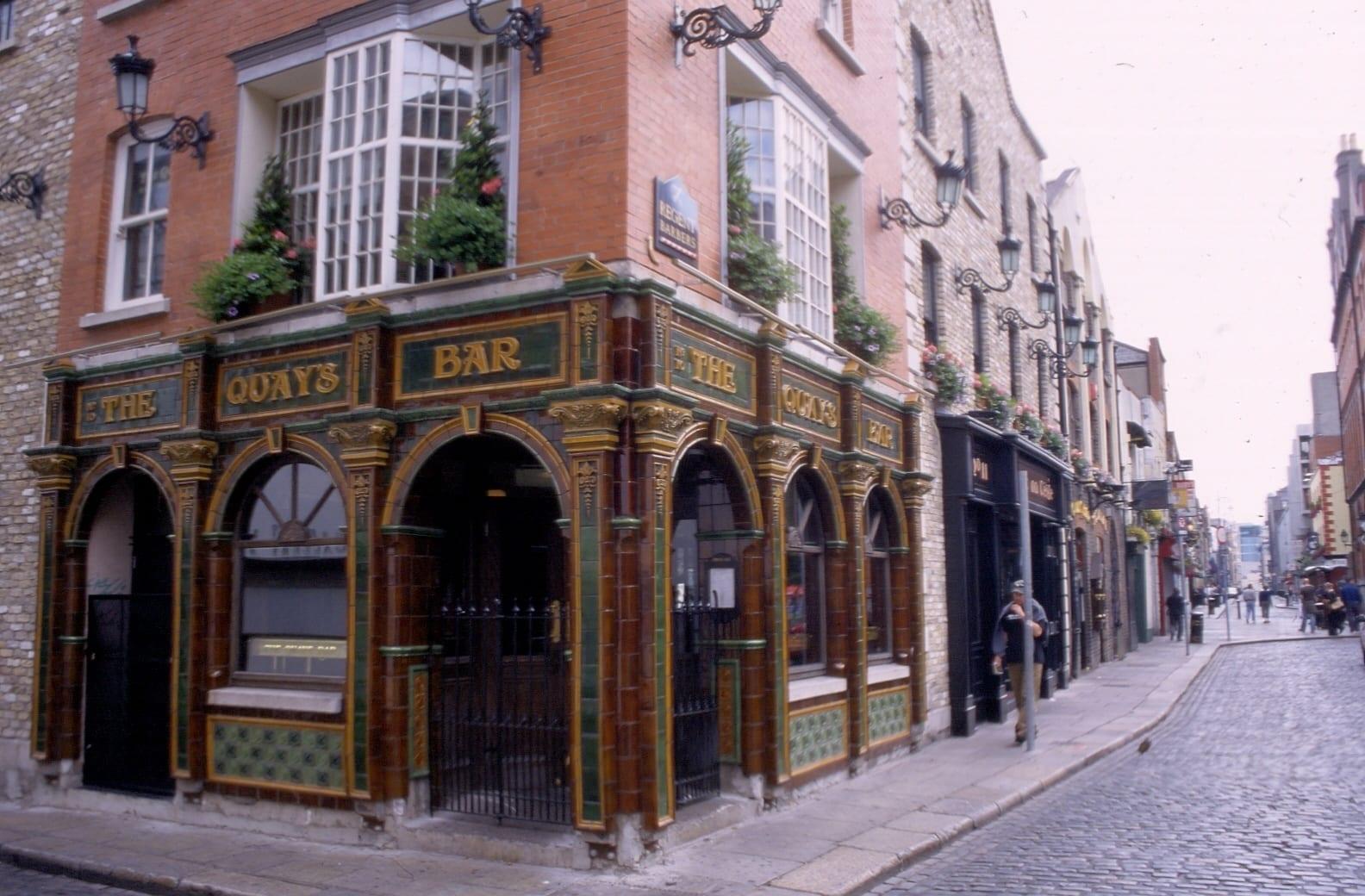 The Quay Bar Dublin Irish Pub