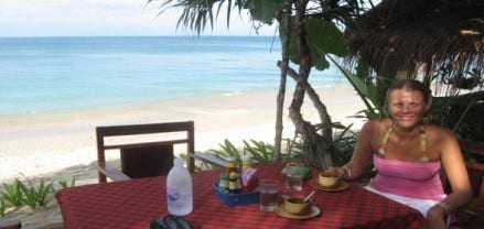 y Travel Blog: Travel Photo: Breakfast with Caz, Koh Lanta, Thailand