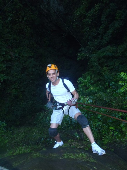 Rapelling at Arecibo