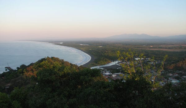 222dd93cdf4 3 Reasons Not to Live in Costa Rica (and 3 Reasons You Should Move There  Now!)