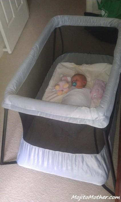 baby bjorn travel cot