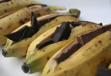 chocolate bananas campfire cooking