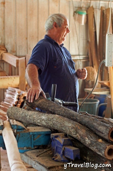 Michael Lyons didgeridoo maker