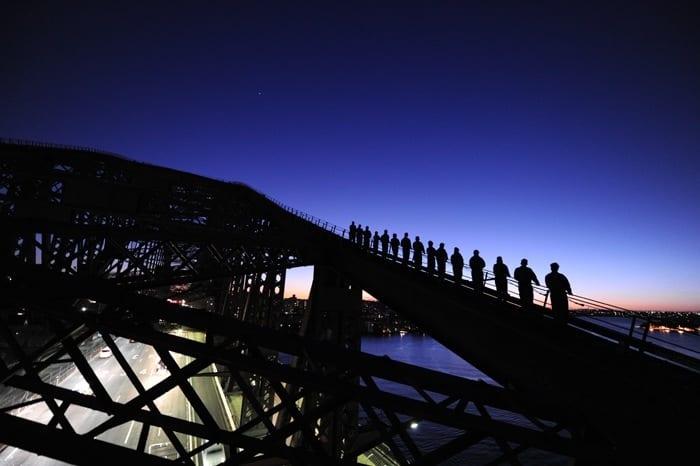 lever du soleil monter le pont du port de Sydney