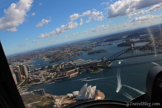 helicopter flight Sydney Harbour