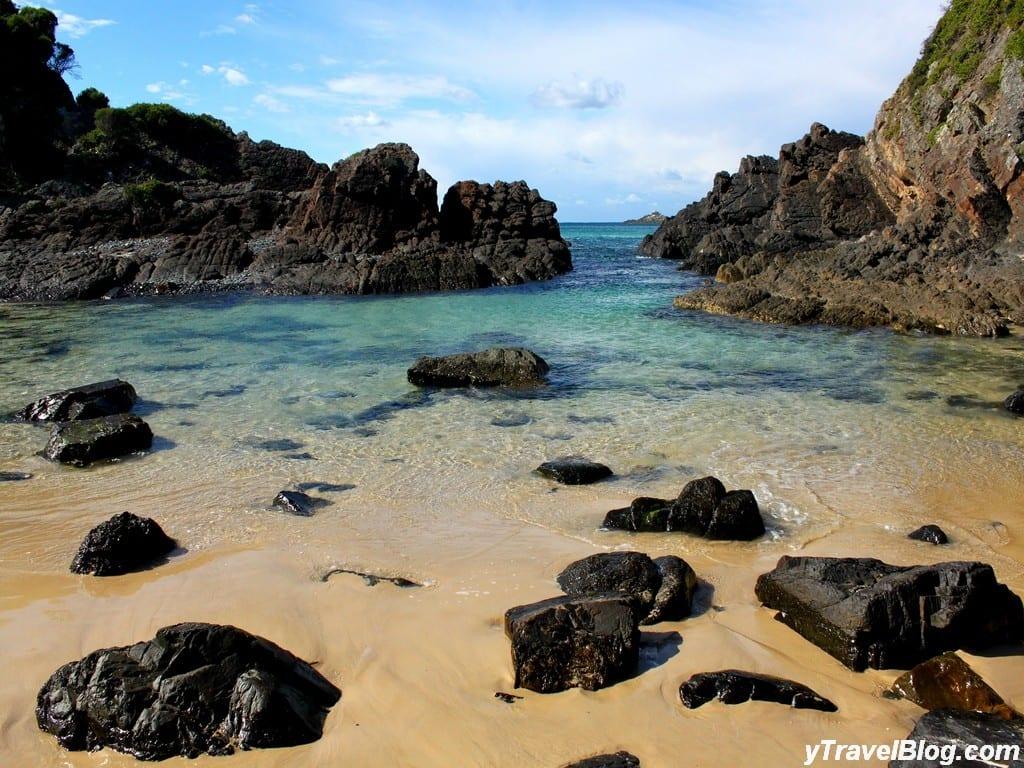 Sugar Loaf Point Lighthouse Seal Rocks