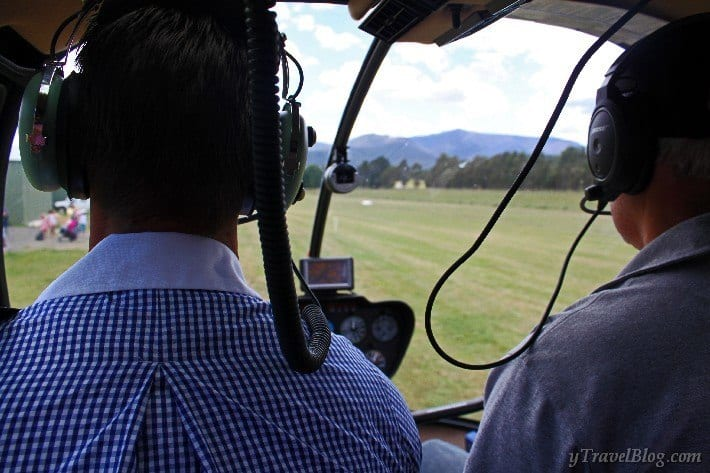 Helicopter ride over Ovens Valley Bright