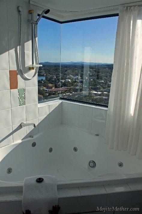 Mantra Mooloolaba shower