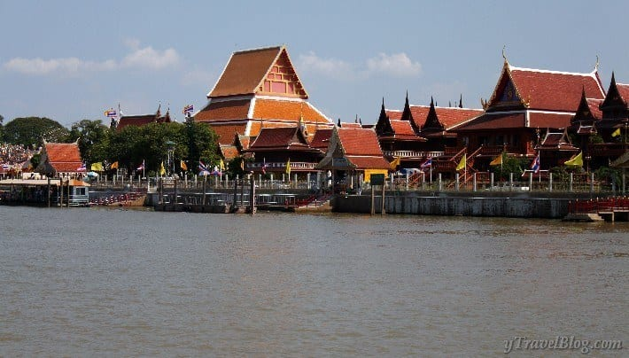 River cruise of Ayutthaya