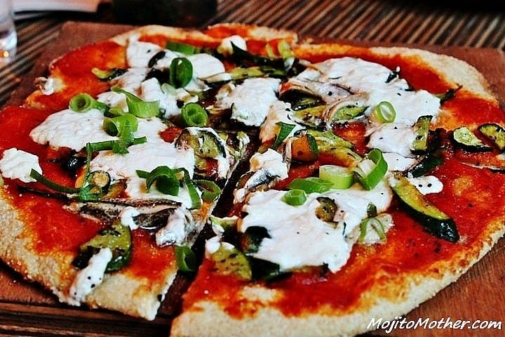 Travel Pinspiration – 5 Photos of Pizza from Around the World on Pinterest