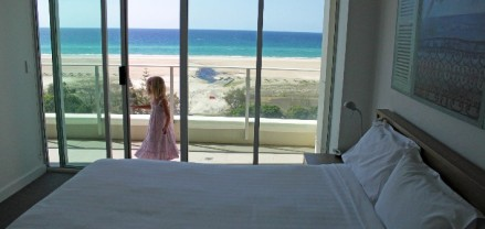 Kirra surf aparments