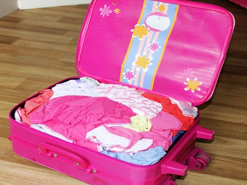 kids packing for Thailand