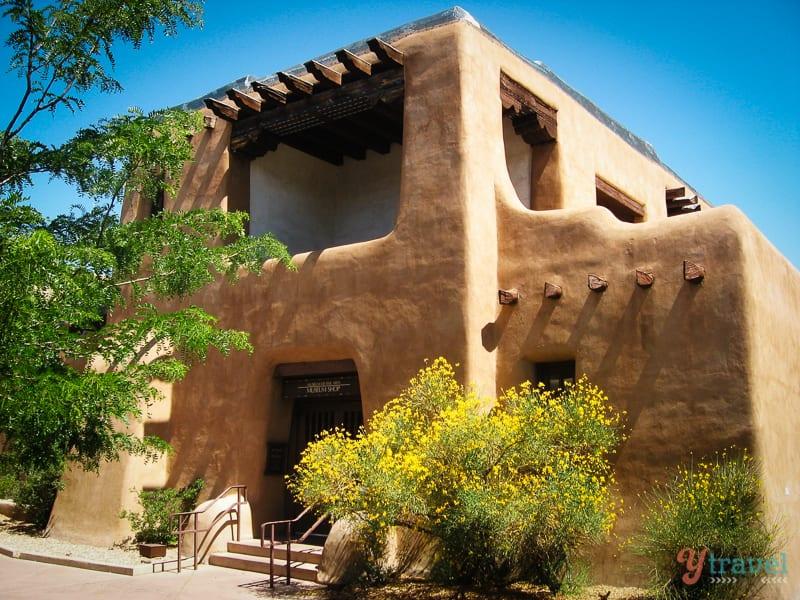 Santa Fe, New Mexico -  Explore the Real America