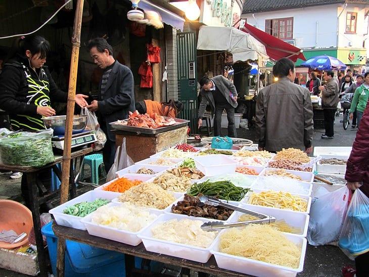shanghai-traditional-market ▷ Comente sobre las mejores cosas que hacer en Shanghái, China por China • Cenas elegantes en el discurso