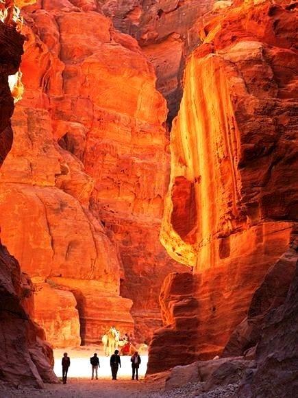 Petra Through the Back Door, Jordan - Travel Pinspiration