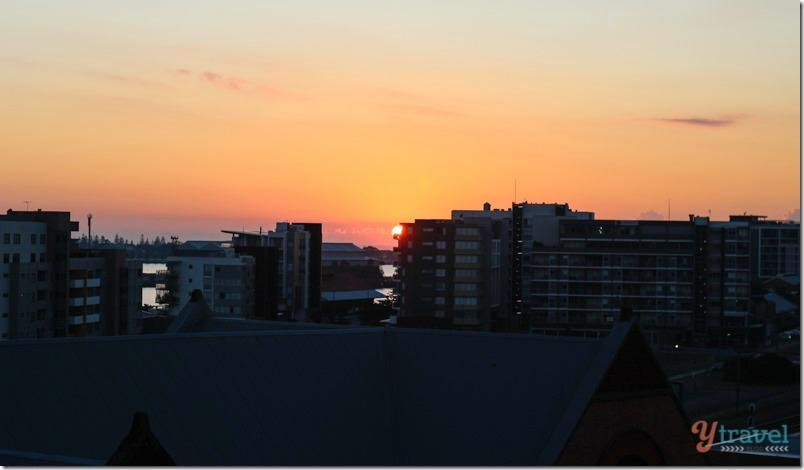Newcastle-sunrise-NSW-Australia-1_thumb