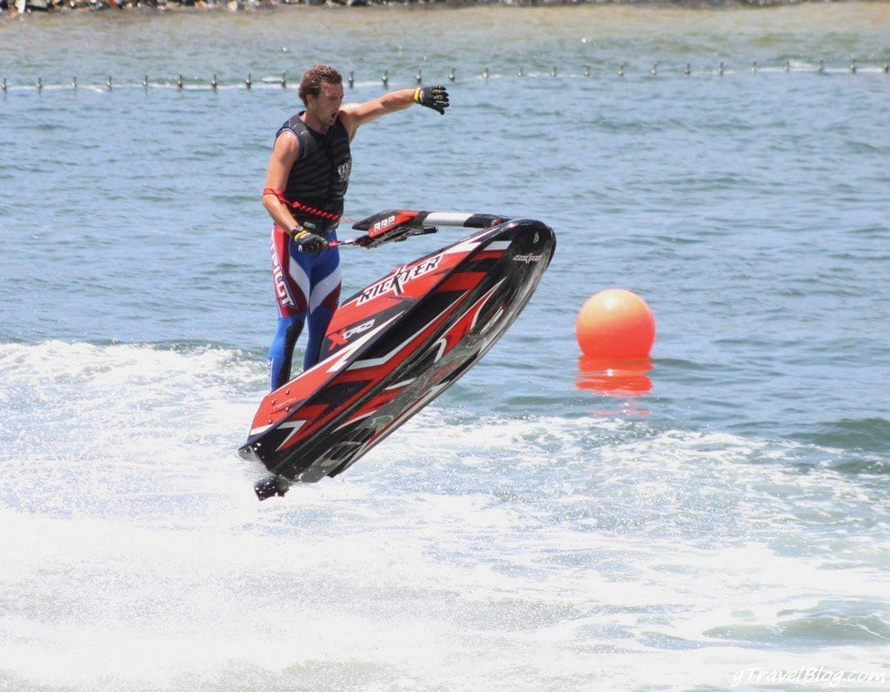 jet ski show sea world gold coast (1)
