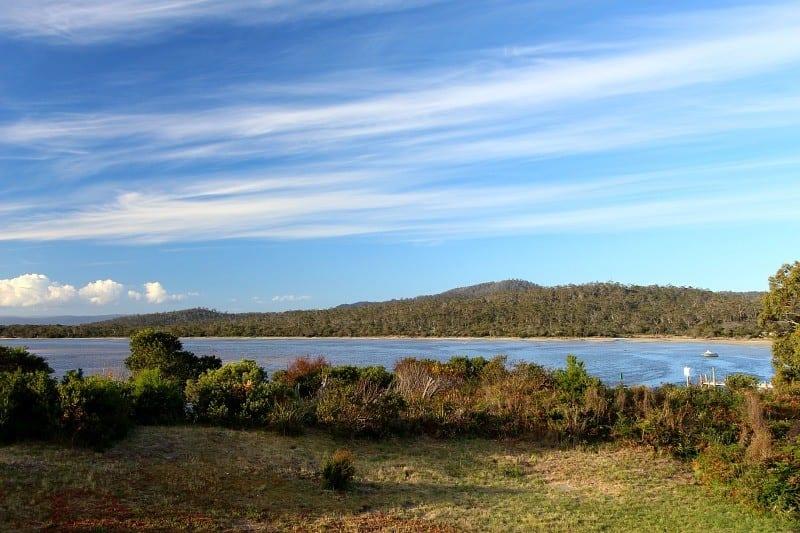 Swan River, Coles bay, Tasmania