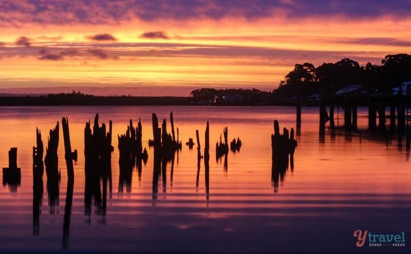 Susnet in Strahan, Tasmania, Australia