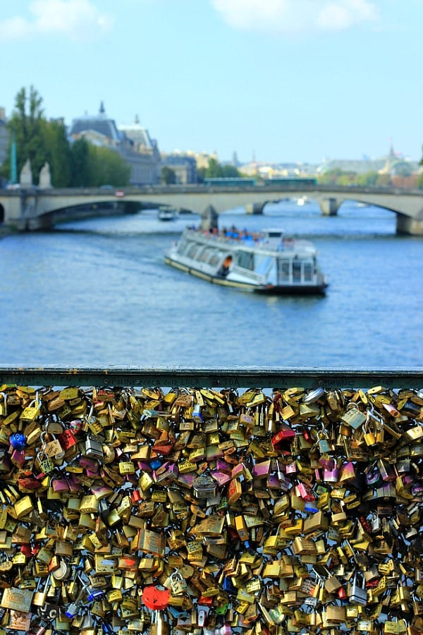 Lock Love Bridge, Paris
