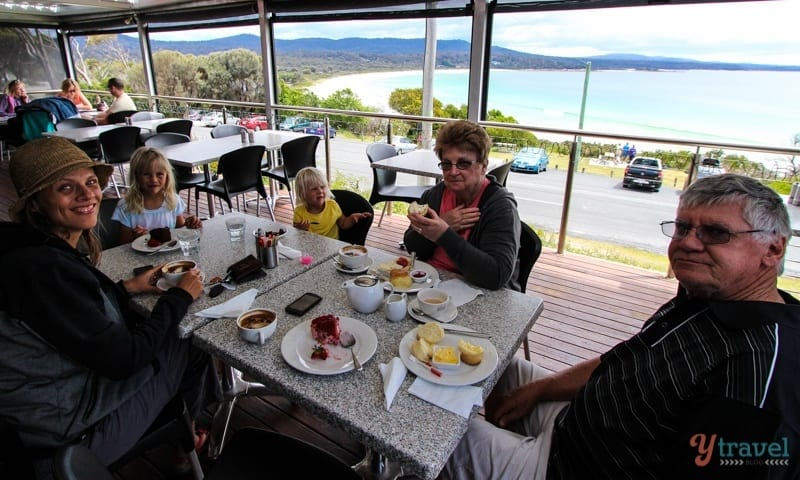Binalong Bay Cafe, Tasmania, Australia