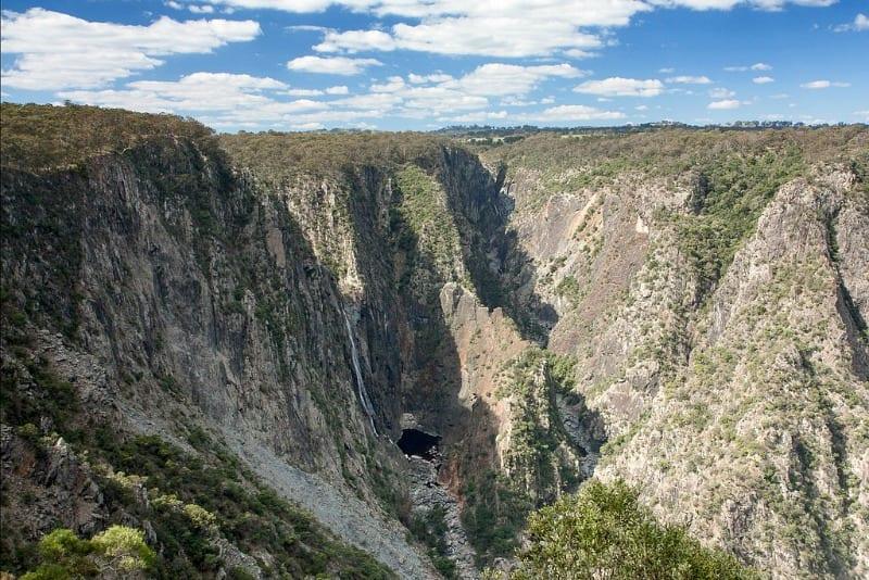 Wollomombi Gorge - NSW, Australia