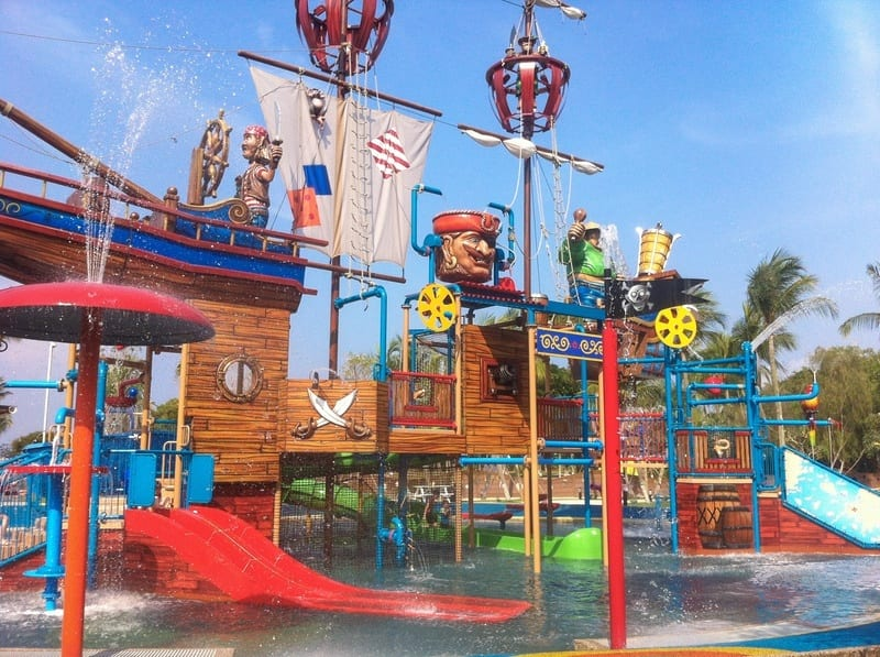 12 family friendly attractions in southeast asia for Best places to visit in the southeast