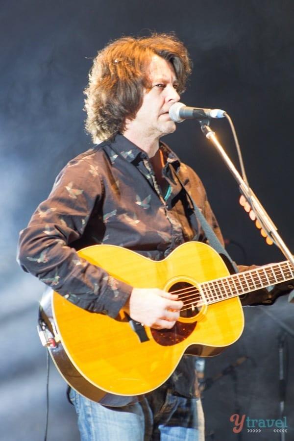 Bernard Fanning, live concert in Margaret River, Western Australia