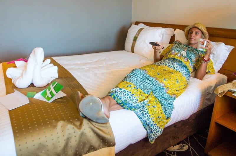 18 ways to save money on accommodation