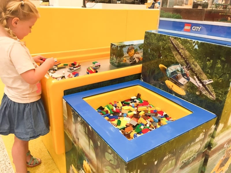 nyc-kids-lego-store