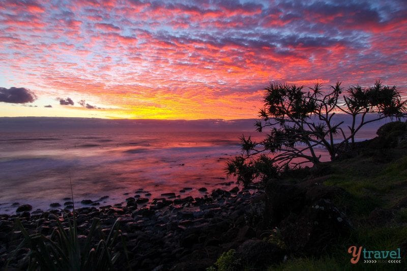 Lever du soleil à Burleigh Heads, Queensland, Australie