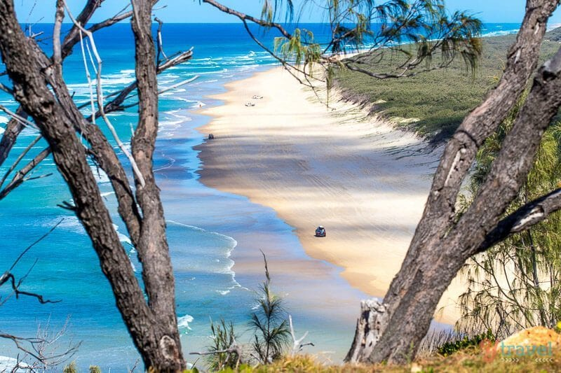 75 Mile Beach, Fraser Island, Queensland, Australia