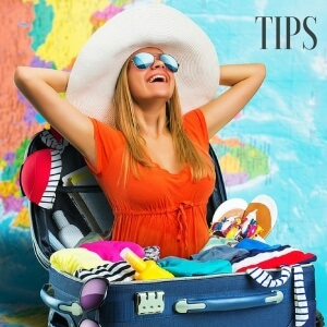 Style and packing tips for holiday travel