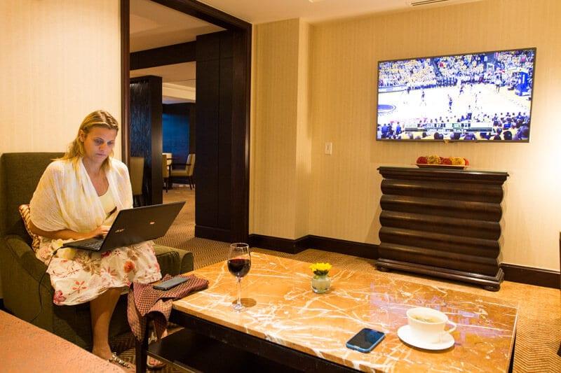 Ritz-Carlton Denver club lounge