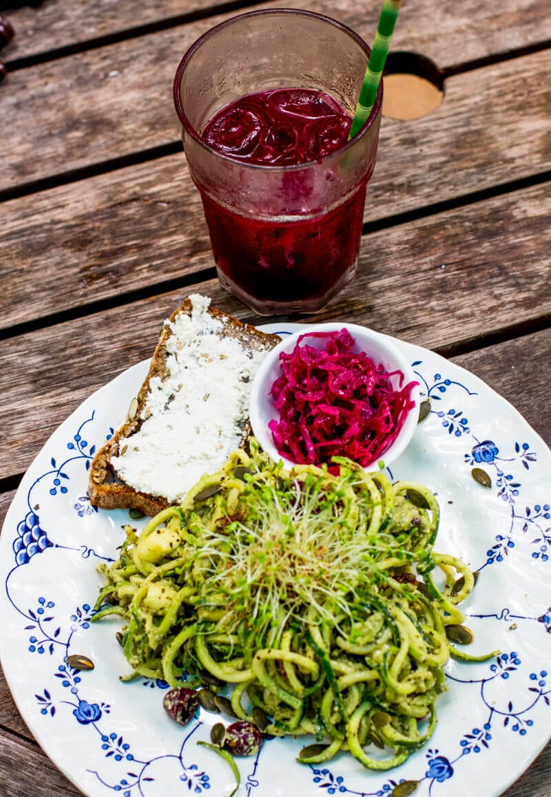 pesto zoodles and beetroot juice