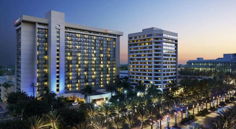 Anaheim Marriott - one of the best 4 star hotels near Disneyland