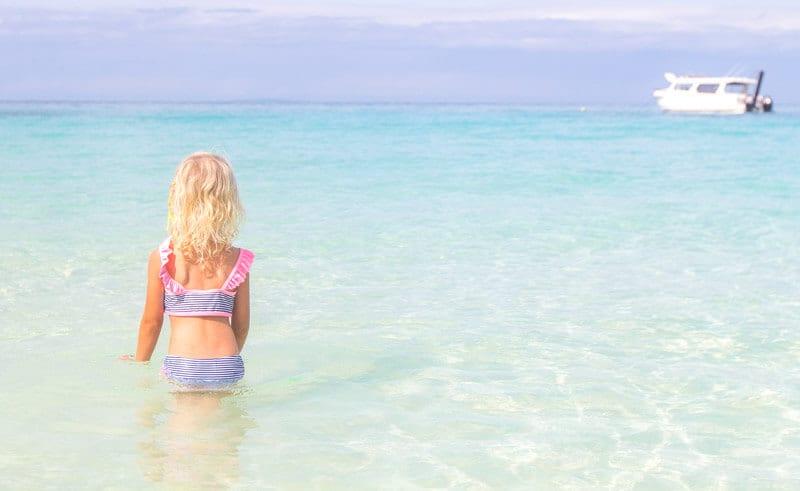 travel-to-the-philippines-with-kids ▷ Comentario sobre cosas emocionantes que hacer en la isla de Boracay con niños por Boracay Island Filipinas con niños | Alojamiento, Playas y Alimentación. UTUTravel.com