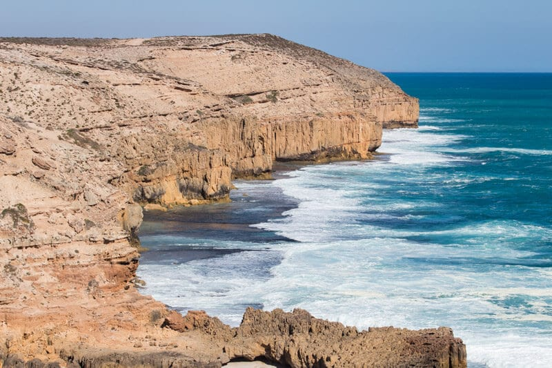 The Great Ocean Drive near Elliston is a must have experince on your road trip with kids in South Australia. Click to read more tips on things to do on the Eyre Peninsula