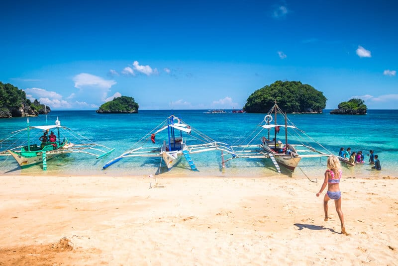 Ilig Iligan Beach Boracay is one of the best things to do in Boracay Island the Philippines. Click to read more travel tips for Boracay with kids