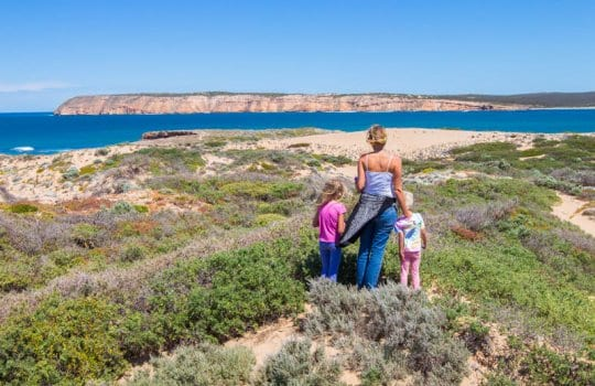 Venus Bay on the West Coast of the Eyre Peninsula is worth a stop on your road trip with kids in South Australia. It's the most we've seen in Australia Click to read more tips on things to do on the Eyre Peninsula