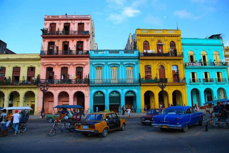 Visit Havana, Cuba - one of my travel bucket list destinations for 2017