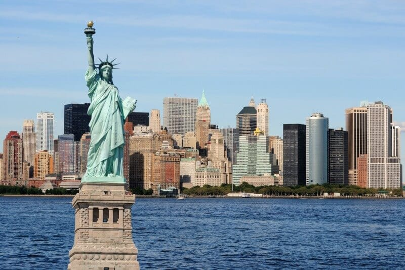 Best of nyc travel tips from a local new yorker for Must do in new york