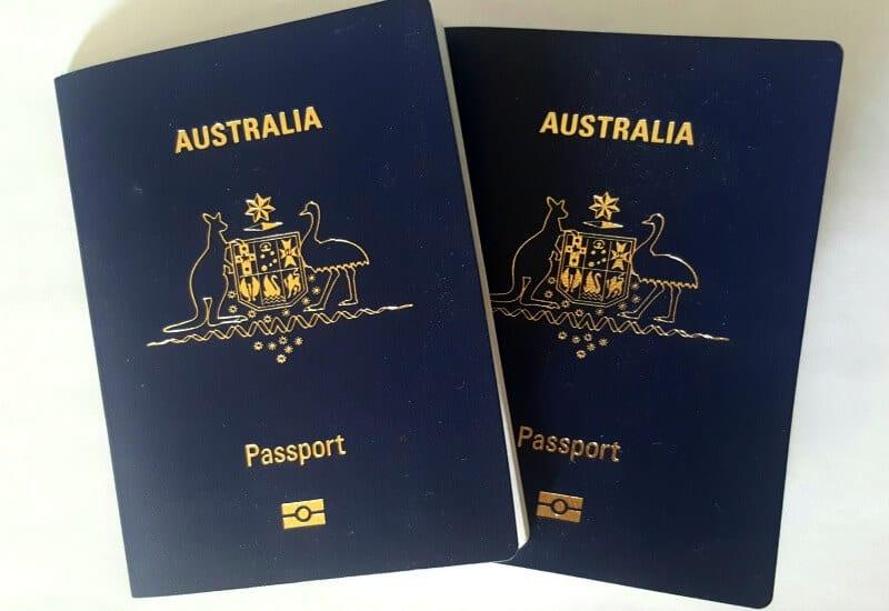 Vérifiez votre passeport avant de voyager.