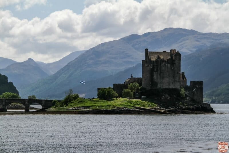 On the drive to the Isle of Skye is the famous Eilean Donan Castle. Built on an islet from the 13th century, it was protection against the Vikings at the meeting of 3 lochs.