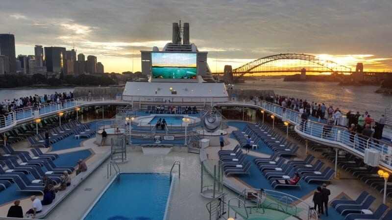 21 Reasons To Go On A Round The World Cruise
