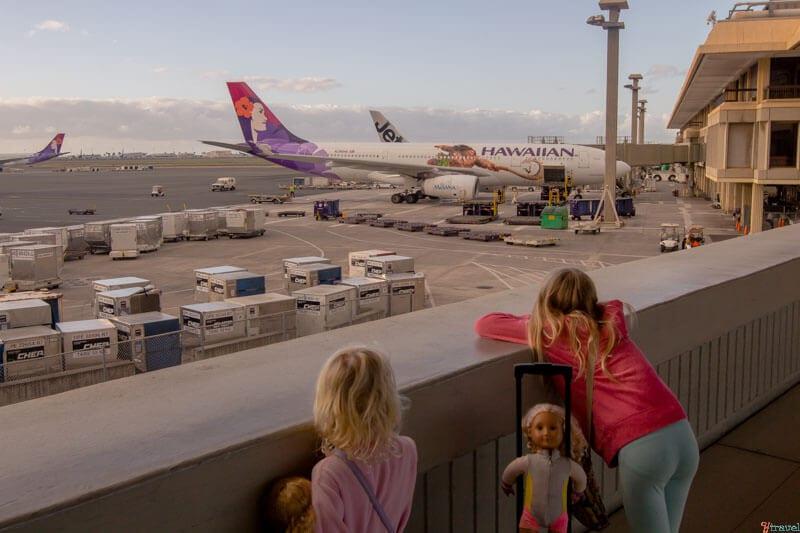 Flying Hawaiian airlines