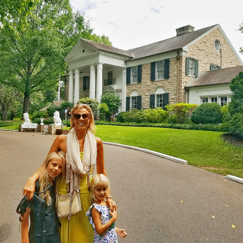 Graceland - one of the best things to do in Memphis with kids