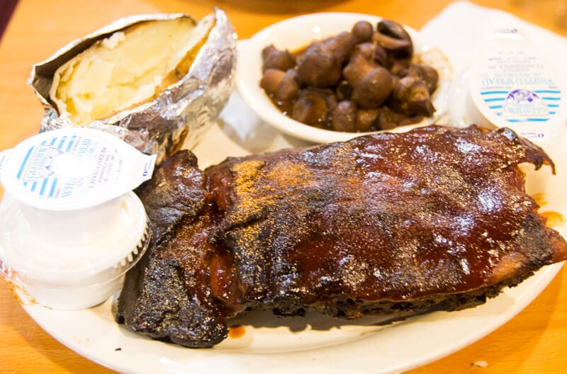 Marlowes Ribs & Restaurant - one of the best places to eat Memphis BBQ