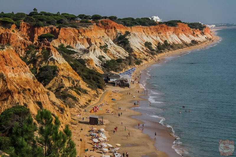 https://www.ytravelblog.com/wp-content/uploads/2017/06/things-to-do-in-Algarve-Portugal-Praia-da-Falesia-Beach.jpg